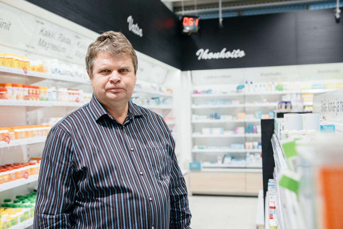 Apteekkari Pekka Kaukonen, Petosen Apteekki
