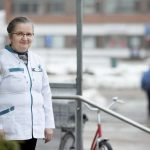 Pudasjärven apteekissa EWQ-vuoronumerojärjestelmä tehostaa palvelua