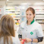 Tuulia Väisänen on kehittänyt apteekkia ja hyvää työnantaja- ja asiakaskokemusta määrätietoisesti.