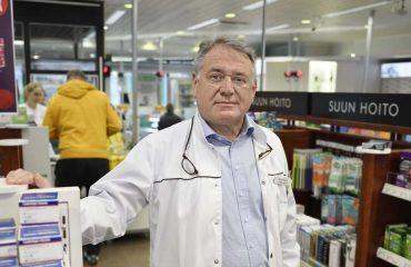 apteekkari jukka niemi hämeenlinnan tori-apteekki receptum järjestelmänvaihto