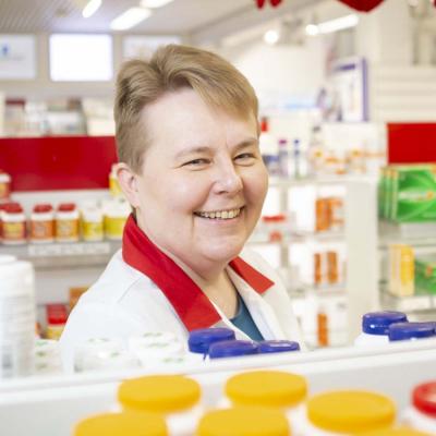 MAXX Hoitotieto helpottaa apteekin yhteydenpitoa hoitokotien kanssa.