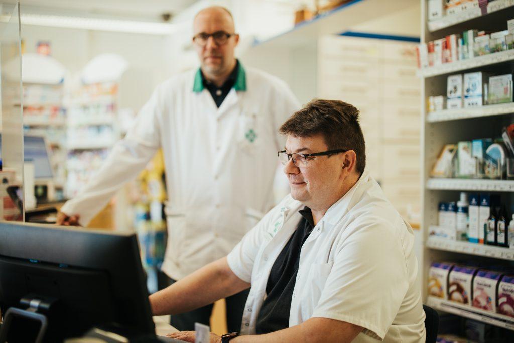 Apteekkari Petteri Pietikäinen hyödynsi apteekkiensa järjestelmänvaihdoksessa MAXX Polku -palvelukokonaisuutta.